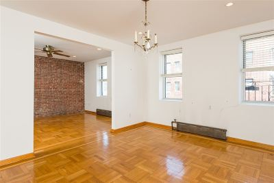 Weehawken Condo/Townhouse For Sale: 875 Blvd East #28