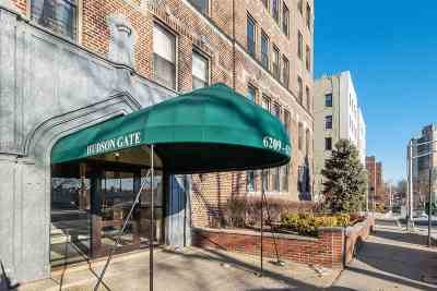 West New York Condo/Townhouse For Sale: 6209 Blvd East #3GN
