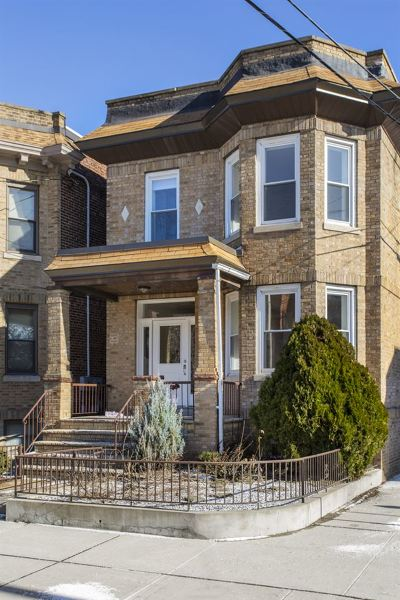 Weehawken Single Family Home For Sale: 454 Gregory Ave