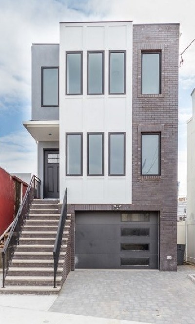North Bergen Single Family Home For Sale: 6212 Durham Ave