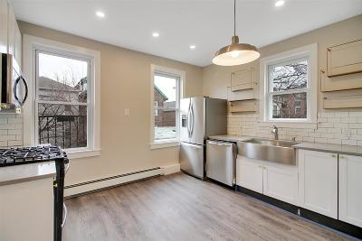 Jersey City Condo/Townhouse For Sale: 18 Charles St #4