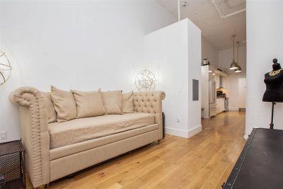 Jersey City Condo/Townhouse For Sale: 50 Dey St #354