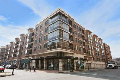 West New York Condo/Townhouse For Sale: 22 Avenue At Port Imperial #512