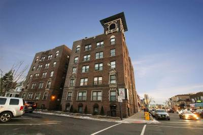 North Bergen Condo/Townhouse For Sale: 435 79th St #51