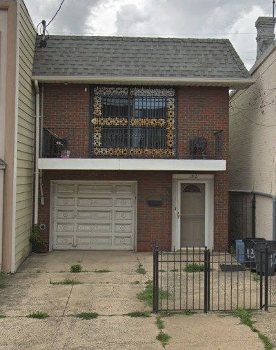 Jersey City Single Family Home For Sale: 132 Broadway