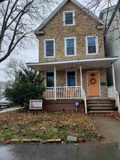 Bayonne Single Family Home For Sale: 541 Avenue E