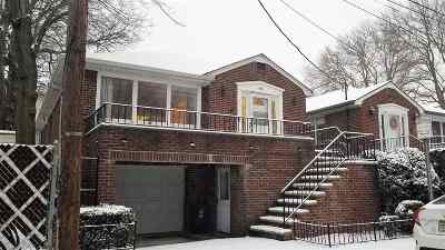 Jersey City Single Family Home For Sale: 40 Highview Rd