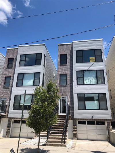 Union City Condo/Townhouse For Sale: 310 10th St #3