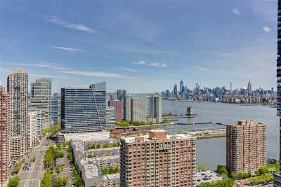 Jersey City Condo/Townhouse For Sale: 88 Morgan St #4003