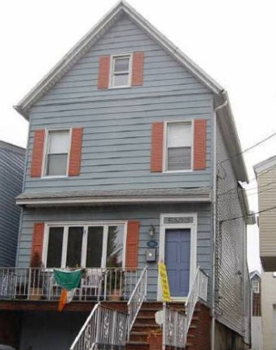 Bayonne Single Family Home For Sale: 28 West 50th St