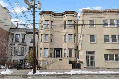 Jersey City Condo/Townhouse For Sale: 1097 Summit Ave #3A