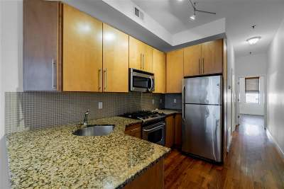 Hoboken Condo/Townhouse For Sale: 405 4th St #1B