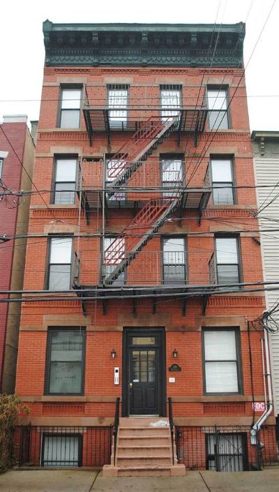 Jersey City Condo/Townhouse For Sale: 306 2nd St #4B