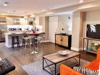 Jersey City Condo/Townhouse For Sale: 126 Delaware Ave #3