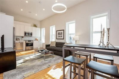 Jersey City Condo/Townhouse For Sale: 260 Griffith St #2