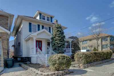 North Bergen Single Family Home For Sale: 915 79th St