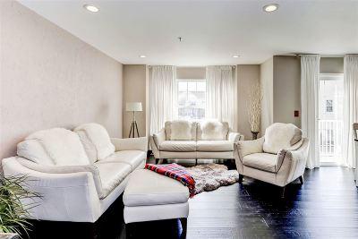 Bayonne Single Family Home For Sale: 11 Bayside Dr