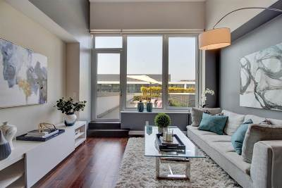 Weehawken Condo/Townhouse For Sale: 1000 Avenue At Port Imperial #709