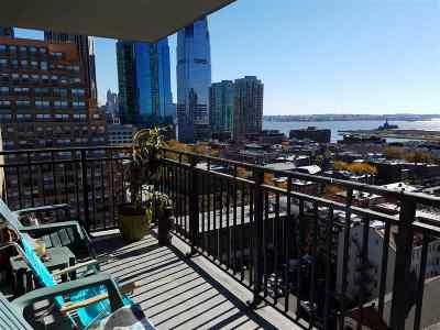 Jersey City Condo/Townhouse For Sale: 135 Montgomery St #20B