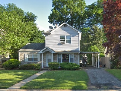 Bergenfield Single Family Home For Sale: 87 Maple St