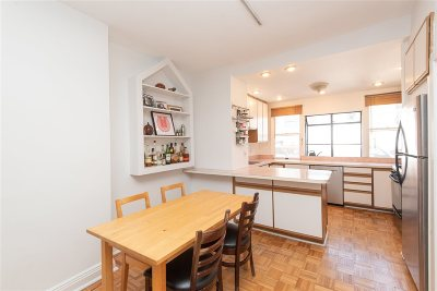 Jersey City Single Family Home For Sale: 354 4th St