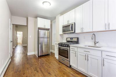 Jersey City Single Family Home For Sale: 129 Arlington Ave