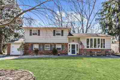 Hillsdale Single Family Home For Sale: 272 Cambridge Rd
