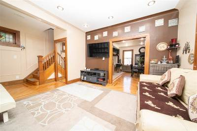 Jersey City Single Family Home For Sale: 265 Columbia Ave