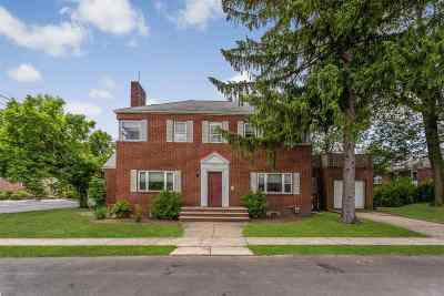 Fort Lee Single Family Home For Sale: 200 Bellemeade Ave