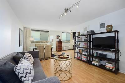 Union City Condo/Townhouse For Sale: 100 Manhattan Ave #1218