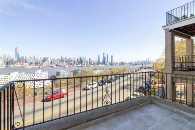 Weehawken Condo/Townhouse For Sale: 937 Blvd East #3