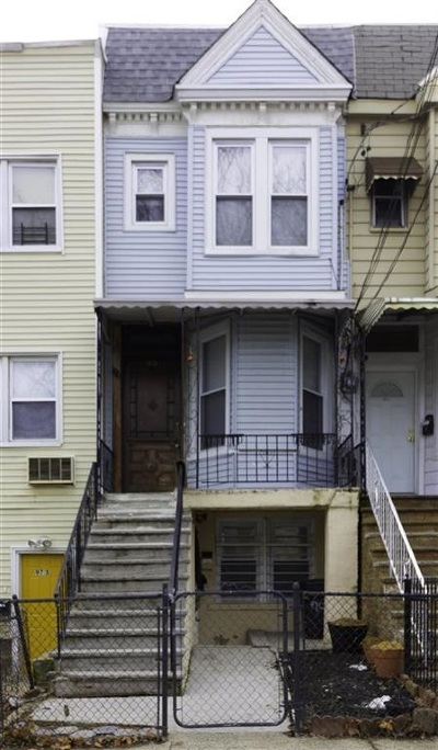 Jersey City Single Family Home For Sale: 99 Orient Ave