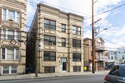 Jersey City Condo/Townhouse For Sale: 324 Baldwin Ave #4A