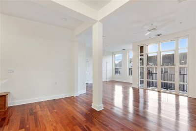 Jersey City Condo/Townhouse For Sale: 55 Mallory Ave #53