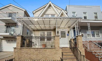 Jersey City Single Family Home For Sale: 212 Danforth Ave