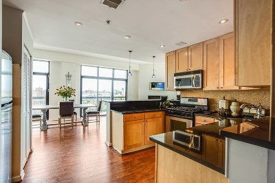 Hoboken Condo/Townhouse For Sale: 700 1st St #17PQ