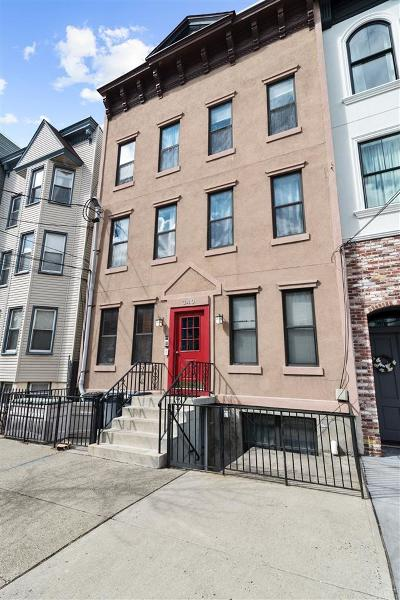 Jersey City Condo/Townhouse For Sale: 340 Pavonia Ave #3L