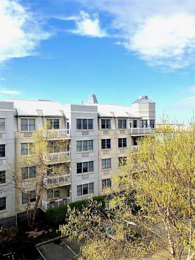 Jersey City Condo/Townhouse For Sale: 4 Constellation Pl #211