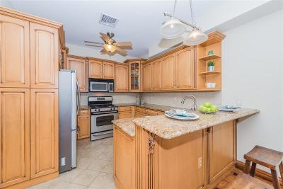 Hoboken Condo/Townhouse For Sale: 418 Court St