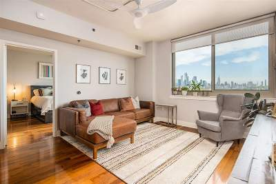 Hoboken Condo/Townhouse For Sale: 800 Jackson St #804