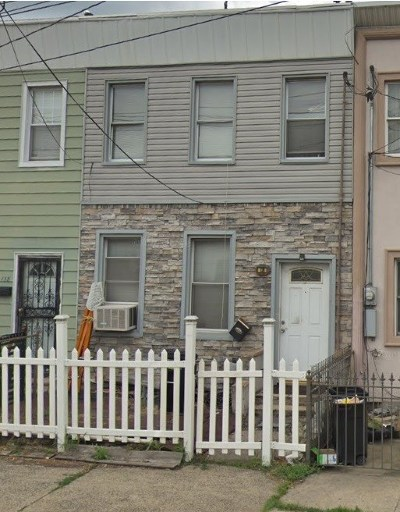 Jersey City Single Family Home For Sale: 136 Broadway