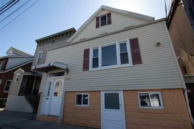 Guttenberg Multi Family Home For Sale: 6804 Adams St