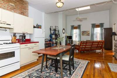 Hoboken Condo/Townhouse For Sale: 77 Monroe St #3