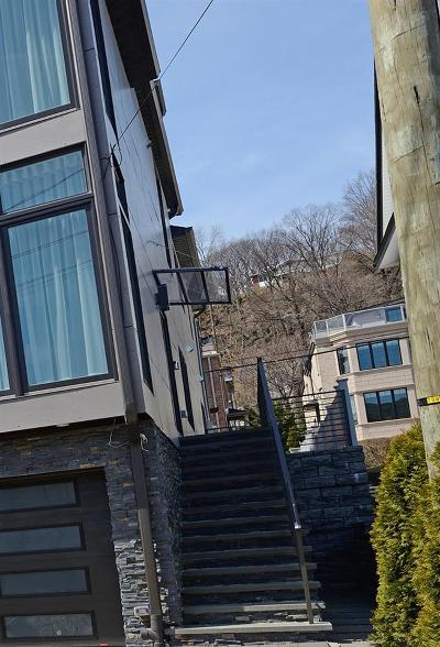 Edgewater Condo/Townhouse For Sale: 45 Myrtle Ave #A
