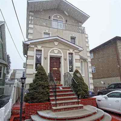 North Bergen Single Family Home For Sale: 526 78th St