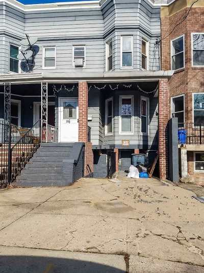Jersey City Single Family Home For Sale: 20 Highland Ave