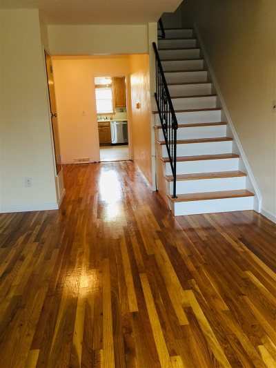 Jersey City Condo/Townhouse For Sale: 80 Suburbia Dr #80 B