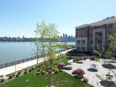 North Bergen Condo/Townhouse For Sale: 7400 River Rd #421
