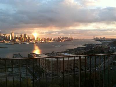 West New York Condo/Townhouse For Sale: 6040 Blvd East #11F