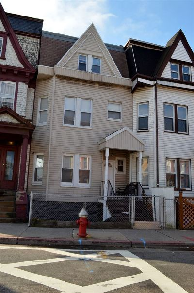 Jersey City Single Family Home For Sale: 482 Bergen Ave